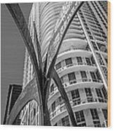 Element Of Duenos Do Los Estrellas Statue With Miami Downtown In Background - Black And White Wood Print