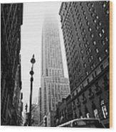 Empire State Building Shrouded In Mist And Nyc Bus Taken From 34th And Broadway Nyc New York City Wood Print