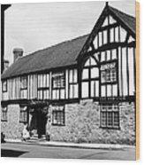 England: Red Lion Inn Wood Print