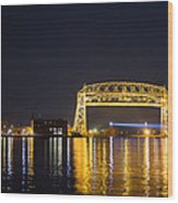 Entering Duluth Harbor Wood Print