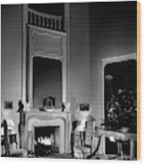 Entrance Hall Of Joan Bennett And Walter Wagner's Wood Print