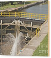 Erie Canal Lock Wood Print