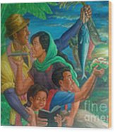 Family Bonding In Bicol Wood Print