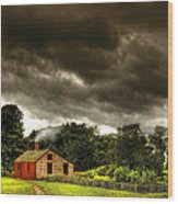 Farm - Barn - Storms A Comin Wood Print