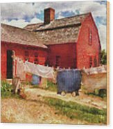 Farm - Laundry - The Clothes Line Wood Print