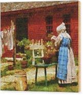 Farm - Laundry - Washing Clothes Wood Print