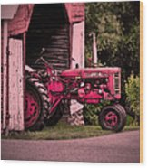 Farmall 200 Wood Print by Robert Geary