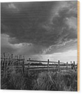 Fenced In - Western Oklahoma Scene In Black And White Wood Print