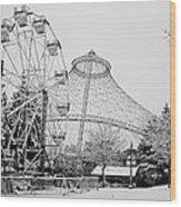 Ferris Wheel And R F P Pavilion - Spokane Washington Wood Print