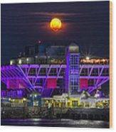 Final Moon Over The Pier Wood Print