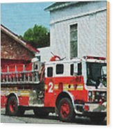 Fireman - Fire Engine In Front Of Fire Station Wood Print