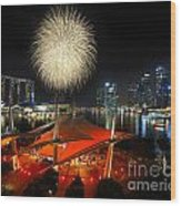 Fireworks By The Bay Wood Print
