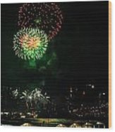 Fireworks Over Brooklyn Bridge And New York City Wood Print