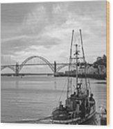 Fisherman At Newport Bay In Oregon Wood Print