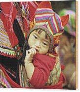 Flower Hmong Baby 01 Wood Print