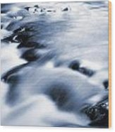 Flowing Stream Wood Print by Les Cunliffe