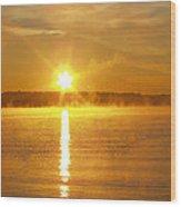 Foggy Sunrise Over Manhassett Bay Wood Print by John Telfer