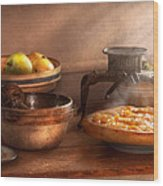 Food - Pie - Mama's Peach Pie Wood Print