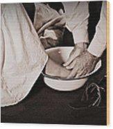 Foot Washing Wood Print by Stephanie Grooms