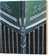 Ford Deluxe V8 Wood Print