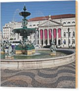 Fountain And Theater On Rossio Square In Lisbon Wood Print