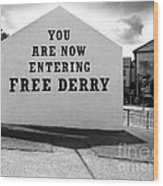 Free Derry Corner 9 Wood Print