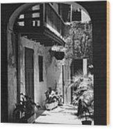 French Quarter Courtyard Wood Print