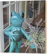 Frog Suitor Wood Print