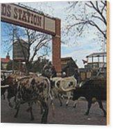 Ft Worth Trail Ride At Ft Worth Stockyard Wood Print