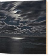 Full Moon On The Bay Of Fundy Wood Print