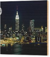 Full Moon Rising - New York City Wood Print