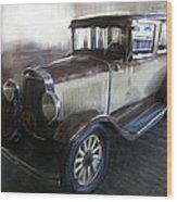 Gansgter Era Automobile Wood Print