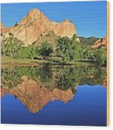 Garden Of The Gods Reflecting Wood Print by Diane Alexander