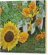 Garden Show-offs Wood Print