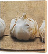 Garlic On Old Barrel Board Wood Print