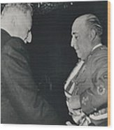 General Franco Decorated. Receives Garsnd Of The Omeyas - Wood Print