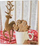Gingerbread Family At Christmas Wood Print