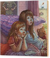 Girls Staring At Tv Wood Print by Isabella Kung