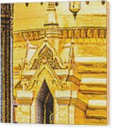 Golden Chedi - Temple Of The Emerald Buddha Wood Print by Colin Utz