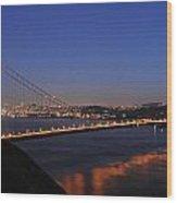 Golden Gate Bridge On A Beautiful Winter Evening Wood Print