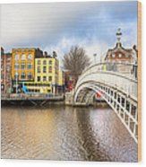 Graceful Ha'penny Bridge Over River Liffey Wood Print by Mark E Tisdale