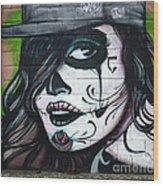 Graffiti Art Curitiba Brazil 21 Wood Print by Bob Christopher
