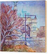 Grand Army Plaza With Lamppost And Tree Wood Print
