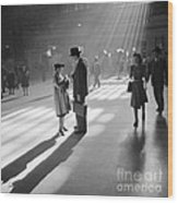 Grand Central Station 1941 Wood Print