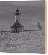 Saint Joseph Michigan Lighthouse In Winter Wood Print