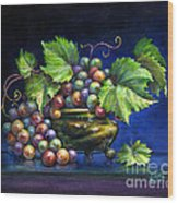 Grapes In A Footed Bowl Wood Print by Jane Bucci