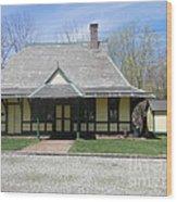 Great Meadows Railroad Station In N J Wood Print