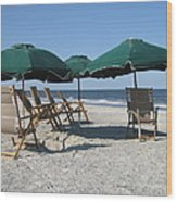 Green Beach Umbrellas Wood Print
