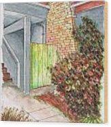 Green Door In Burbank - California Wood Print