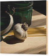 Green Glass And Garlic Wood Print